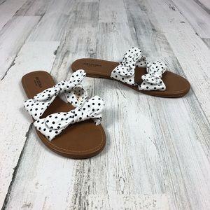 Arizona Jean Company bow sandals size 10